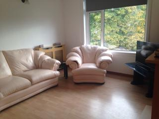 Large 2 bed apartment close to Oban town centre