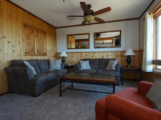 Top Of The World 217: Idyllic 3 BR / 2 BA Condo, Snowshoe