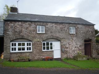 Peaceful Three Bedroom Cottage in Brecon Beacons, Abergavenny