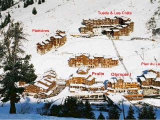 Ski-in ski-out apartment in center of Three Valley, Meribel