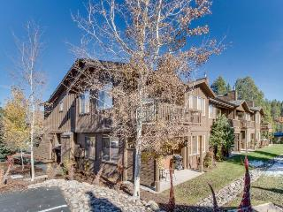 Resort amenities and nearby ski slopes!, Truckee