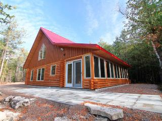 Forest View cottage (#1009), Tobermory