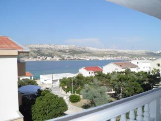 Apartment for 5+1 -Wunderfull view- 2 Balconies, Pag