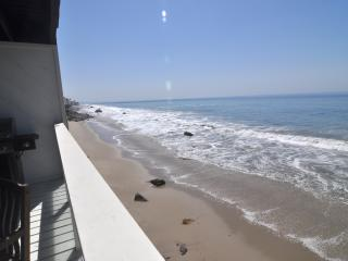 Classic Oceanfront Malibu House on Private Beach