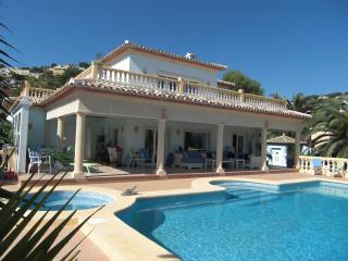 Casa Katerina Luxury Hosted Villa, Moraira