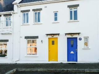 NUMBER 8, mid-terrace, open fire, off road parking, shared courtyard, in Liscannor, Ref 19800