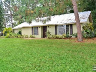 A jewel of a home in a beautiful setting less than 1 mile to the beach, Bonita Springs
