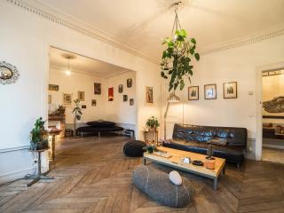 Parisian Bed and Breakfast at Faubourgs in Paris