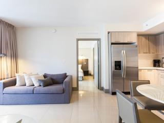 New and Modern Two Bedroom Apartment - Habitat Res, Brickell