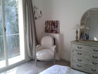 Perfectly located flat/Neuilly-sur-Seine