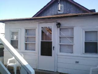 Private Cottage/100 Ft from Boardwalk/Beach, Seaside Heights