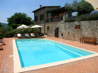 CISTERNA/KATE MOSS, THE FAMOUS MODEL, STAYED HERE!, Pompagnano