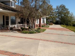 Beautiful large private home for family gatherings, Fallbrook