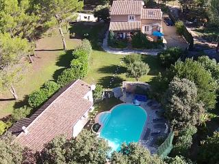 Loverly property with 2 villas, Beaucaire