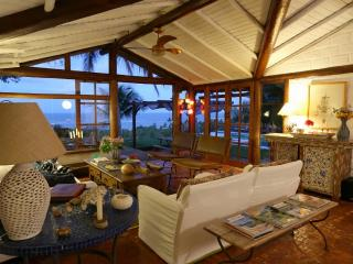 Beautiful 8 Bedroom House in Trancoso
