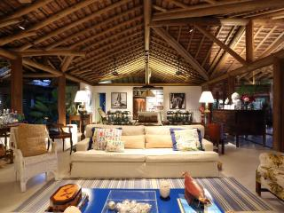 Beautiful 5 Bedroom Home in Trancoso