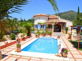 Casa del Fontanero - Sleeps 6, Fab Outside Areas, Murla