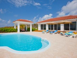Le Soleil d'Or Luxury Beach Cottage, 1200 feet, Cayman Brac