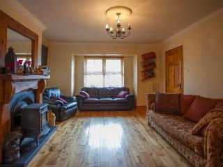 10 minutes to city and beside the seaside, Galway