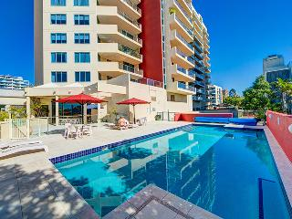 One Bedroom with City & River Views-Pool and Wifi, Brisbane