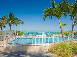 Mackenzie Condo at Surfside, Naples