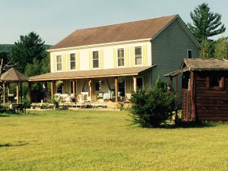 Luxury farm house with a spectacular Mountain-view, Keeseville