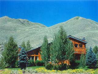 3000 sq'  Home 4 miles from ski mt Beautiful Views, Sun Valley