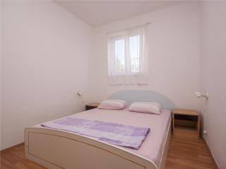 TH00501 Apartment Vinko / Two bedrooms A1, Brodarica
