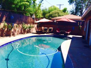 RARE OASIS IN THE CITY PRIVATE HOME w/POOL & SPA, Los Angeles