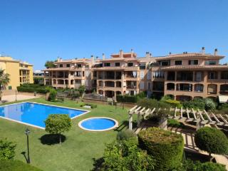 ROMANTIC APART with SWIMMING POOL & AIRCON-ALL NEW, Llucmajor
