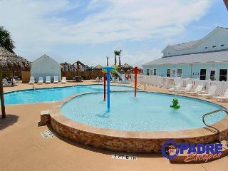 Brand New Townhouse in a great location to enjoy the Island, Corpus Christi
