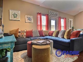 All-New 5 Bedroom Townhouse that can accommodate the whole family., Corpus Christi