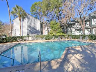 New to market! All brand new furnishings. Free Bikes, pool, tennis. Dogs OK, Hilton Head