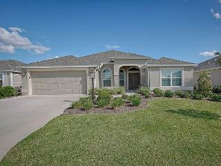 Fantastic model, the Gardenia, in the Village of Charlotte. Gas Golf Cart., The Villages