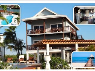 Spectacular,  Waterfront House with private pool,, Placencia