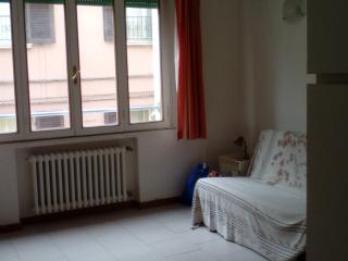 Giordano Bruno app sleeps 6 downtown Rimini