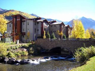 THE RIVER CLUB, Telluride