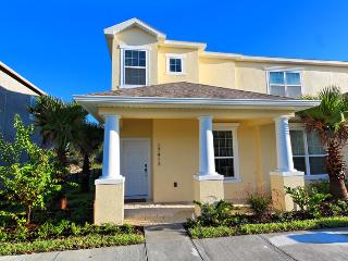 Serenity Resort Beautiful 3BR Pool Town Home-17413, Orlando