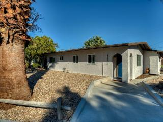 New Listing! Casa Del Sol--Your Place in the Sun!, Palm Desert