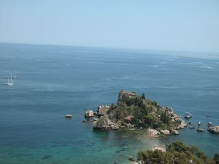 Studio apartments with pool, reception service, Taormina