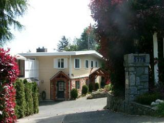 Bayridge B&B in Cordova Bay, Victoria