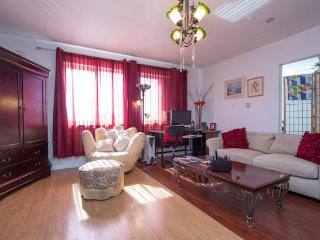 Luxury, Quiet, Clean, Secure, Middle of Napa -S.F., Vallejo