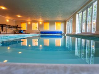 The Retreat - private heated indoor pool & sauna, Worcester