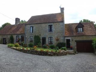 Farmhouse With Heated Pool Set In Rural Landscape, Carrouges