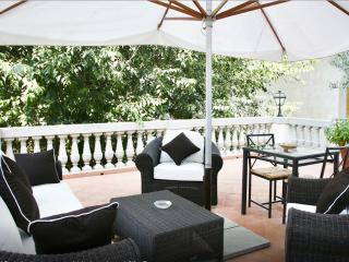 Luxury Suite w/ Private Terrace in Medicis Palazzo, Florence