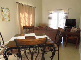 2 Bedroom Apt in Rodney Bay by the Beach, Gros Islet