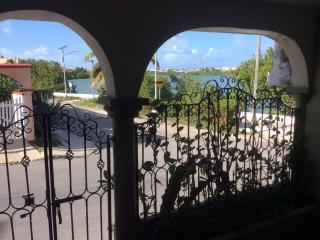 1 Bdrm House Available Christmas Time 2 Weeks Only, Isla Mujeres