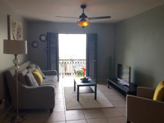 OCEAN VIEW, Amazing location Apartment, San Juan