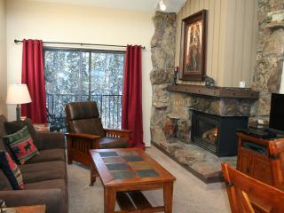 Bright, Updated Top Floor Unit With Great Views, Winter Park
