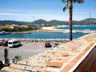 Apartment with sea views and stunning sunsets, Gassin